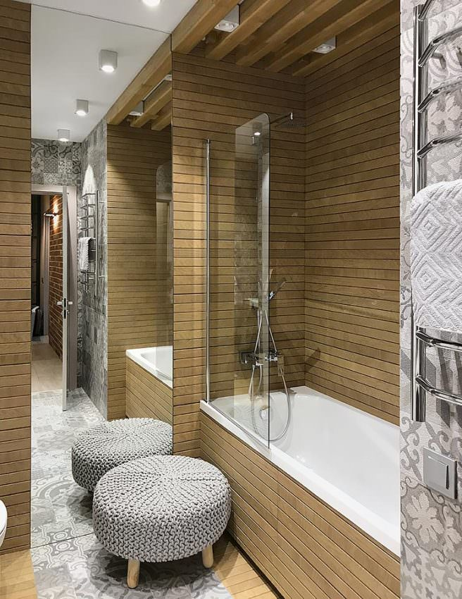 Санузел 2 этаж вид на ванную